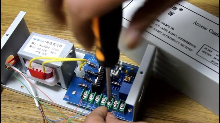 玻璃门门禁系统及磁力锁安装方法教程